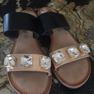 Callista women's sandals size 9